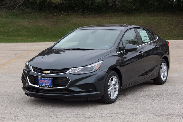 New 2018 Chevrolet Cruze Lt 4d Sedan In Libertyville