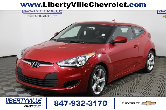 Pre-Owned 2015 Hyundai Veloster Base